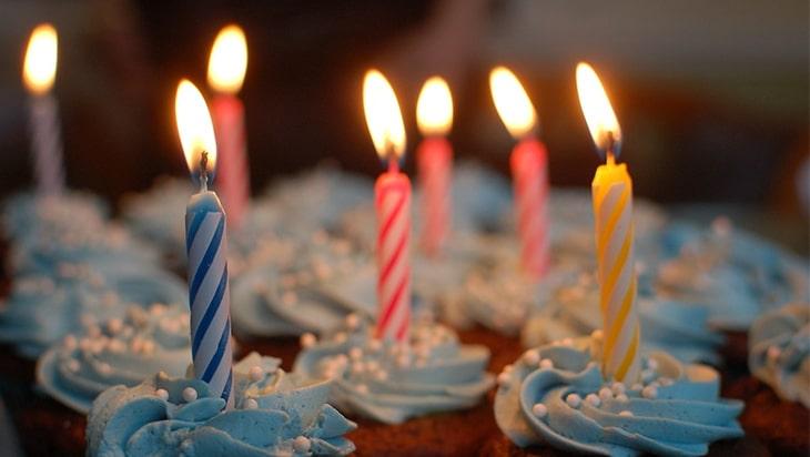 Candlelit cupcakes closeup