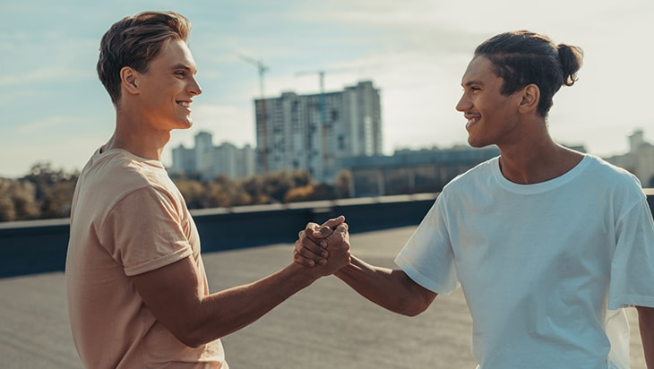 Two individuals who met in group therapy are friends outside their sessions